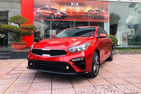KIA CERATO 1.6 AT - Luxury